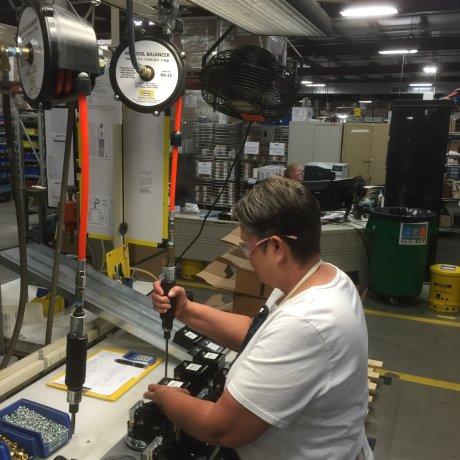 Usos balanceadores de herramientas puesto de trabajo